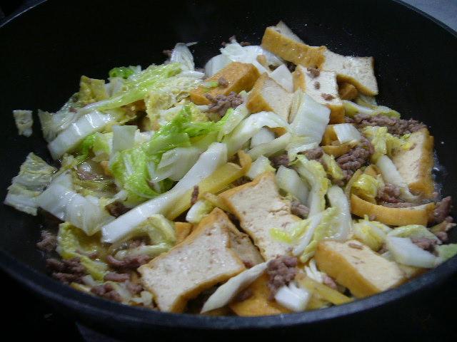 生姜たっぷり、挽肉炒め。。